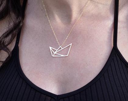 שרשרת סירת נייר, שרשרת אוריגמי, שרשרת זהב, שרשרת גולדפילד, קיפולי נייר, שרשרת סירה, שרשרת עדינה לאישה, שרשרת מיוחדת, מתנה לאישה ליום הולדת