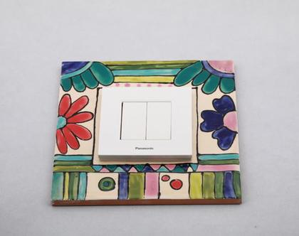 מסגרת מאריח מצוייר בעבודת יד למתגי חשמל