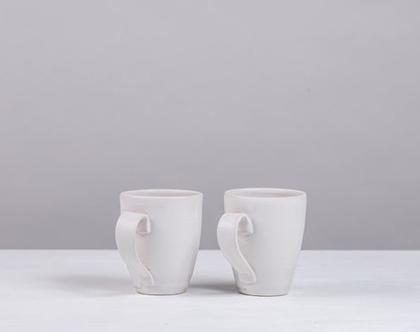 זוג ספלים גדולים מקרמיקה בצבע לבן   2 כוסות קפה גדולות