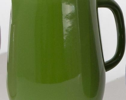 קנקן מים מאמייל בצבע ירוק