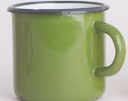 ספל אמייל עם ידית בצבע ירוק דשא
