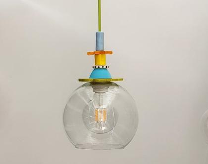 מנורה מזכוכית שקופה - חוט חשמל ירוק - מנורה צבעונית - גוף תאורה צבעוני - תאורה לפינת אוכל