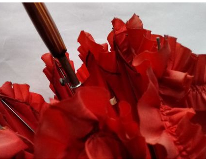 מטריה אדומה לאישה | מטריה אדומה סיקסטיז וינטג' מקורית לסטיילינג