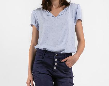 חולצת ויסקוה בצבע תכלת בהיר -דגם ג'לי