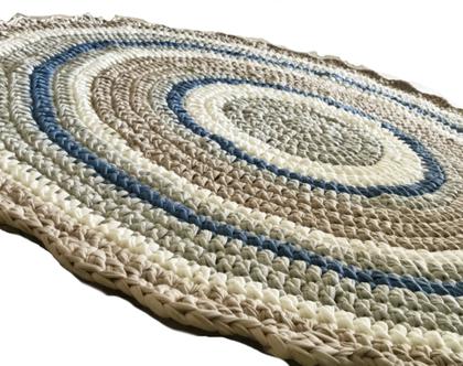 שטיח סרוג, שטיח עגול סרוג | שטיח סרוג ומעוצב בגוונים נורדיים בשילוב ג'ינס | שטיח עגול| עיצוב נורדי | שטיחים סרוגים