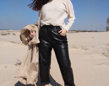 מכנס עור לנשים, מכנס אוברסייז, מכנסי עור רחבים, מכנס בייקר, מכנס רוקיסטי, מכנסי עור ארוכים, מכנסי וינטג', פולגת, מכנס מגניב, מכנס שחור