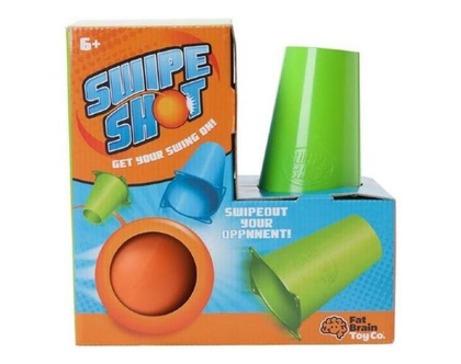 תן בראש - משחק חצר לשניים - המטרה - להפיל את הגביעים שעל הרצפה באמצעות חבל כדור