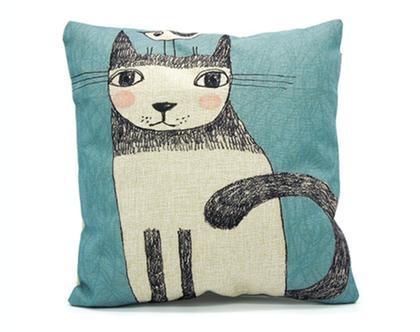 כרית נוי cat & bird | כרית נוי עם הדפס חתול וציפור | מתנה אוהבי חתולים | כרית נוי חתול