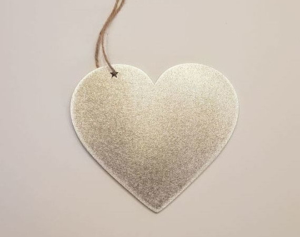 לב לתליה-מאלומיניום בגימור כסף
