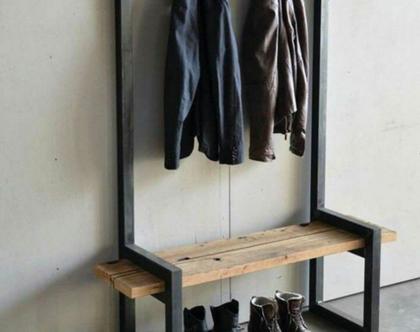 מתלה בגדים וספסל ישיבה