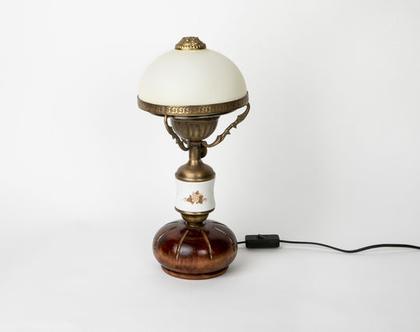 מנורת שולחן וינטג'ית בשילוב פורצלן