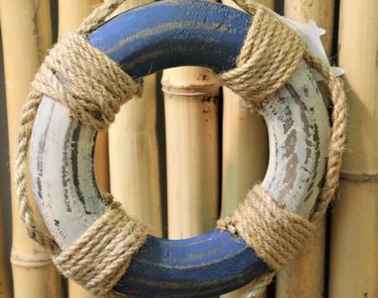 גלגל הצלה דקורטיבי מעץ לעיצוב הבית.