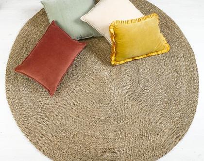 """שטיח קש עגול קלוע מעשב ים בצבע טבעי בדוגמה חלקה במידות 120 160 ס""""מ I שטיח חבל עגול"""