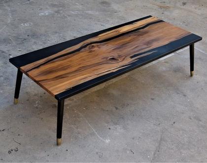 שולחן סלון אגוז סטיין ואפוקסי שחור