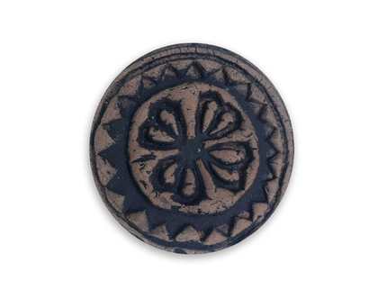 מגנט פרח חום שחור בסגנון אבן טבעית, עגול