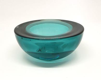 פמוט זכוכית כחולה בצורת חצי כדור