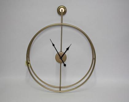 שעון מתכת שקוף