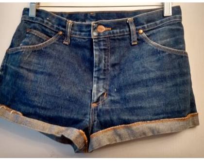 ג'ינס קצר רנגלר WRANGLER לאישה | ג'ינס רנגלר קצר וינטג' כחול כהה מידה 41