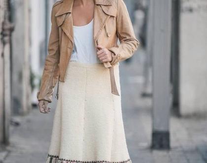 חצאית סרוגה, חצאית פרנזים, חצאית עד מתחת לברך, חצאית צבע שמנת, מידה M, חצאית וינטג', חצאית לאירוע, חצאית צנועה, בוהו שיק, חצאית בוהו