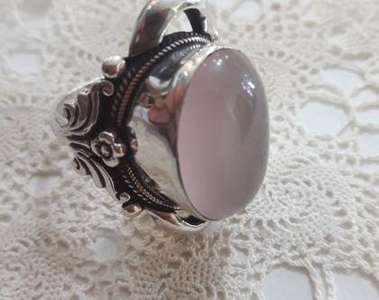 טבעת כסף עם רוז קוורץ גדולה