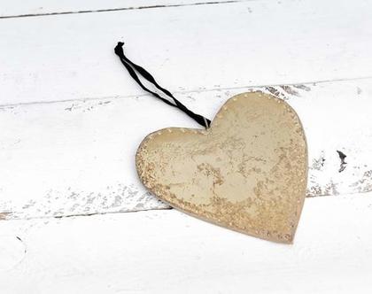 לבבות מזהב , לב זהב, לב לתלייה