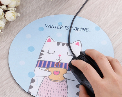פד לעכבר מחשב | משטח לעכבר מחשב | משטח מעוצב לעכבר | משטח עכבר עגול למחשב | מתנה לאוהבי חתולים | אקססוריז למשרד