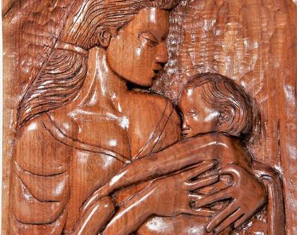 """חריטת עץ אגוז אמריקאי - """" אימהות """""""