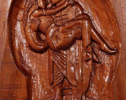 חריטה בעץ עץ מהגוני - אותלו ודסדמונה