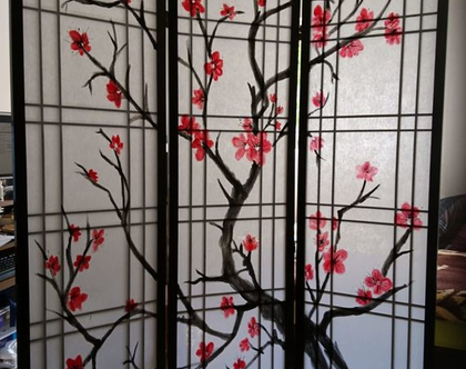 פרגוד יפני קלאסי שחור מעוטר (המחיר לכנף)