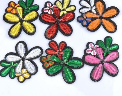 אפליקציה לגיהוץ פרח | אפליקציה לבגדים | פאצ'ים לבגדים | פאצ'ים | עיצוב בגדי ילדים | עיצוב בגדים | בגדי ילדים מעוצבים |