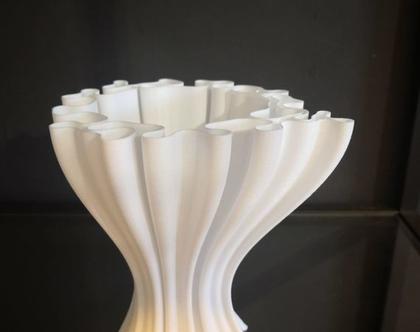 אגרטל דקורטיבי בצורת גלים מודפס בתלת מימד