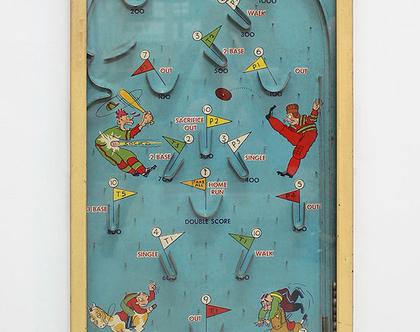 משחק פינבול גדול, עשוי עץ, נדיר ועתיק מתחילת המאה ה-20