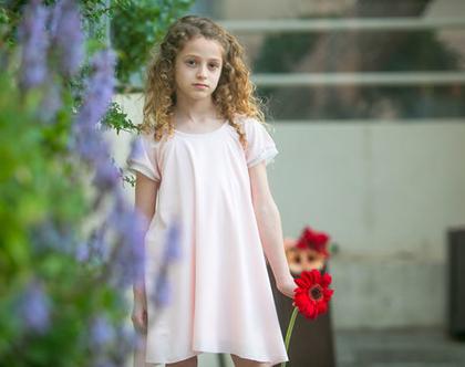שמלת A ורודה לילדה , דומיניק בורוד עם חפת טול לבן