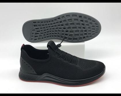 """נעלי סניקרס אופנתיות לגבר בצבע שחור מק""""ט 8513"""