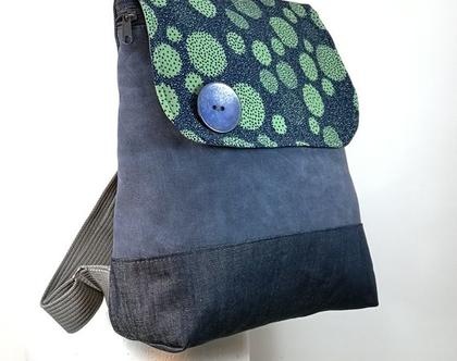 תיק גב כחול מבדים, תיק גב קל משקל, תיק גב עבודת יד, תיק גב של תיק עם שיק, תרמיל ענת כחול עיגולים הכל בדים