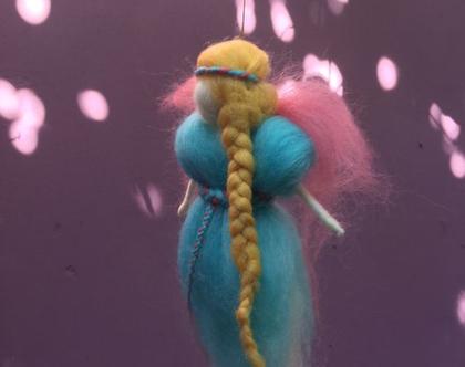 פיית - פיה אנטרופוסופית - פיה עבודת יד - פיה בליבוד מחט - פיה מתנה לילדה - עולם הפיות - פיה בשמלה כחולה