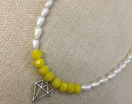 שרשרת Shine bright like a diamond - שרשרת פנינים וחרוזים צהובים