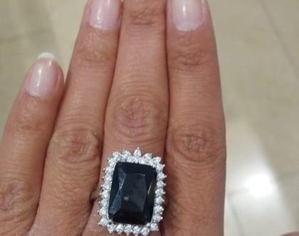 טבעת דיאנה - אבן שחורה - טבעת משובצת לאישה