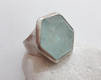 טבעת כסף גדולה עם אקווה מארין