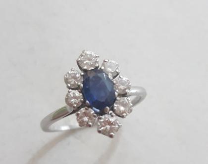 טבעת דיאנה - טבעת זהב עם יהלומים וספיר