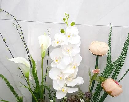 סידור פרחים מלאכותיים סחלב ואדמוניות