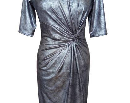 שמלה כסופה עם טוויסט