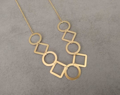 שרשרת ארוכה מזהב   שרשרת זהב   שרשרת עם תליון עיגולים   שרשרת גודלפילד עם תליון   שרשרת זהב ארוכה לאישה   שרשרת חישוקים משולבים