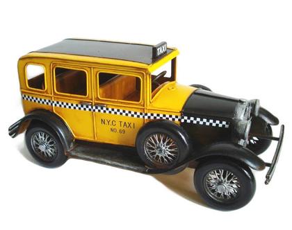 """מונית TAXI רטרו וינטאג' 32 ס""""מ תוספת לעיצוב כל חלל"""