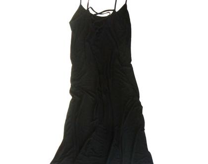 שמלת לייקרה שרוכים