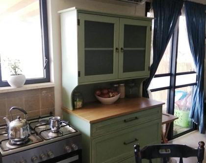 ארון כלים למטבח עם שידת מגירות בעיצוב רטרו כפרי