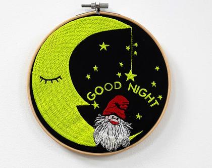 תמונה זוהרת בחושך לחדר ילדים, רקמה זוהרת, תמונה לחדר ילדים ירח וכוכבים, מתנה מיוחדת, מתנה לילד