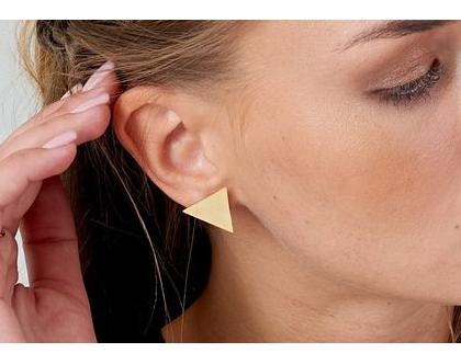 עגילי משולש סימפייל- זהב. עגילים יפים, נוחים, עגילים שכל אחת צריכה