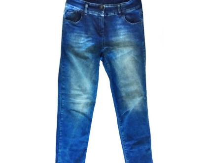 מכנסי ג'ינס אלה