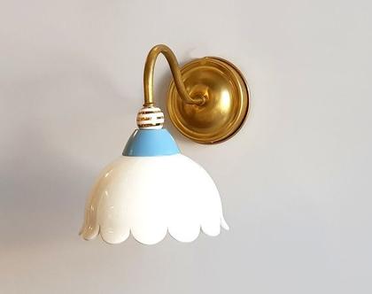 גוף תאורה צמוד קיר - מנורה ליד המיטה - מנורה לחדר שינה - מנורה למסדרון - מנורה למדרגות - מנורת קיר - מנורות צבעוניות לקיר